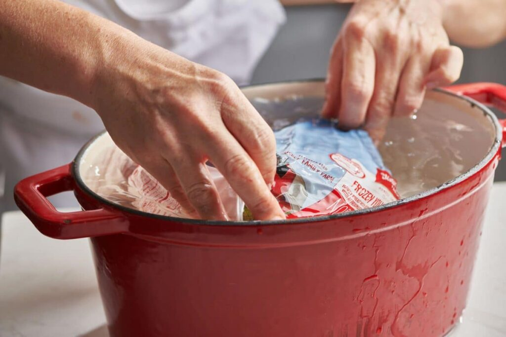 How-To-Thaw-A-Turkey-In-A-Cold-Water