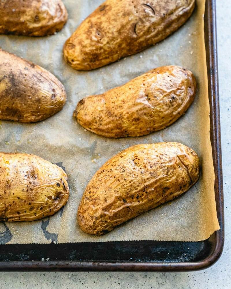 how-to-bake-potato-quickly